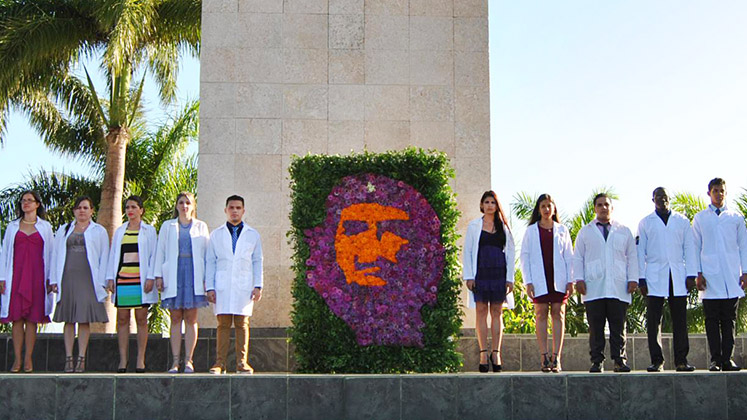 Graduates from Cuba's University of Medical Sciences in the Plaza de la Revolución, Santa Clara
