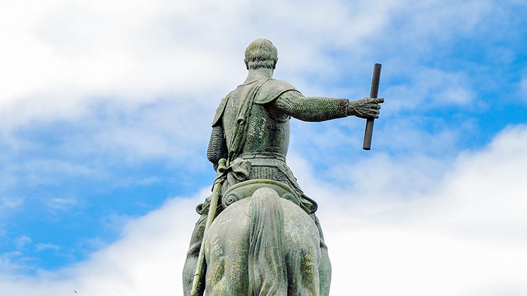 The statue of conquistador Sebastián de Belalcázar in Popayán before it was toppled in September 2020