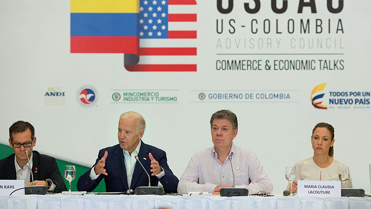 Joe Biden and Juan Manual Santos at a meeting of the US-Colombia Advisory Council