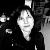 headshot of Johanna Waters