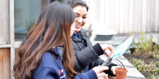 5 ways volunteering improves your chances of getting a job