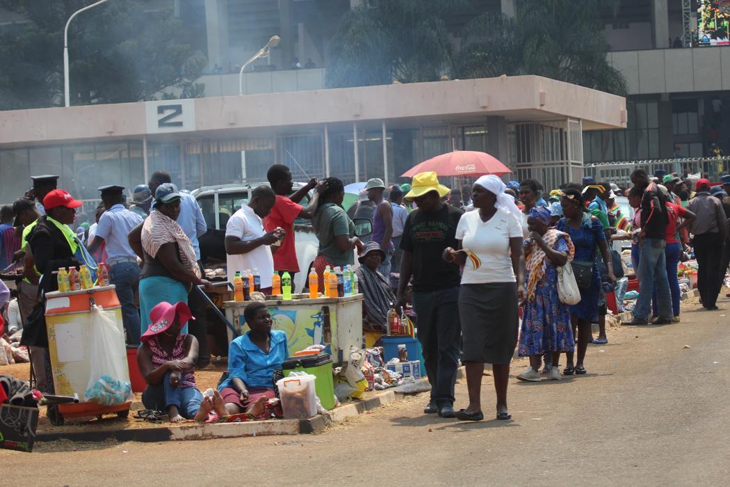 Zimbabweans street vending