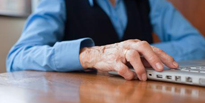 Internet delivers mixed messages for older people