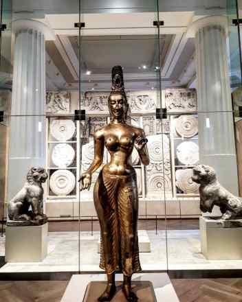 Photo of the statue of Tara