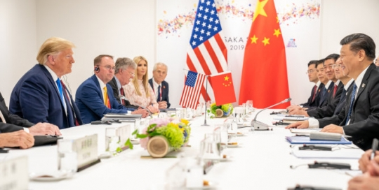 The US-China trade war: Risks and opportunities for the EU and the United Kingdom