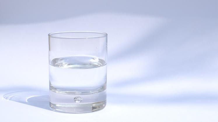 Book Review: The Glass Half-Empty: Debunking the Myth of Progress in the Twenty-First Century by Rodrigo Aguilera