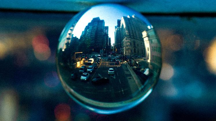 Bubble containing cityscape