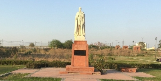 Coronation Park and the forgotten statues of the British Raj