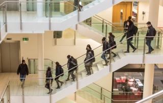 students walking downstairs, credit Catarina Heeckt