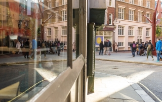 students walking around campus, credit Catarina Heeckt