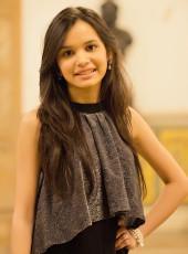 Photo of alum blogger Krupa