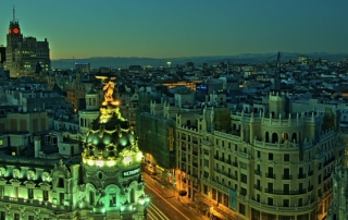 Gran Vía Madrid (Image Credit: Felipe Gabaldón, via Flickr: https://www.flickr.com/photos/felipe_gabaldon)