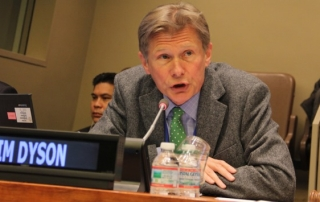 Tim Dyson, Professor of Population Studies, LSE gives a keynote presentation on Population Dynamics and Sustainable Development. United Nations Headquarters, New York. UN DESA/S. Nijman [http://www.un.org/en/development/desa/population/commission/sessions/2015/]