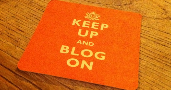 Why academics (and students) should take blogging / social