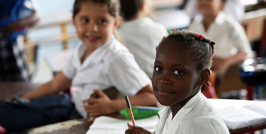Promoting gender equality in/through schools - examples to learn from