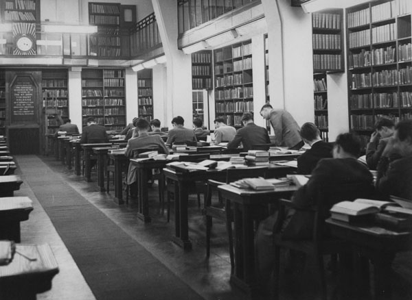 Haldane room, old Library, c1951. IMAGELIBRARY/706. LSE