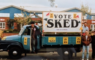 Vote Alan Sked campaigning bus