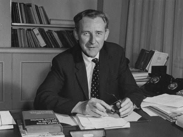 Sir Sydney Caine, 1964. IMAGELIBRARY/78. LSE