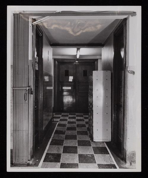 LSE Gates (LSE History Photographs\13)