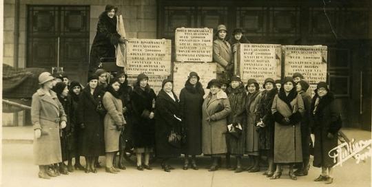 LSE, internationalism, and peace, 1914-1945
