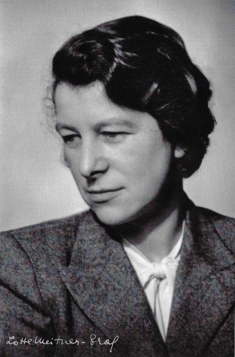 Esther Simpson credit Lotte Meitner-Graf, The Lotte Meitner-Graf Archive