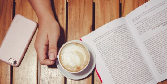Cappuccino with Chandler: the best cafés for studying