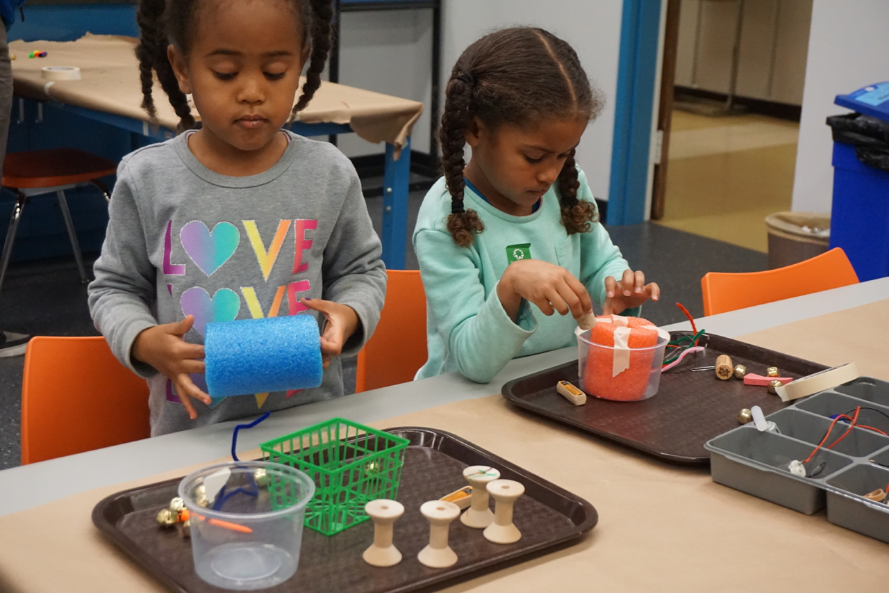 Educators and parents – working together to support children's learning in makerspaces