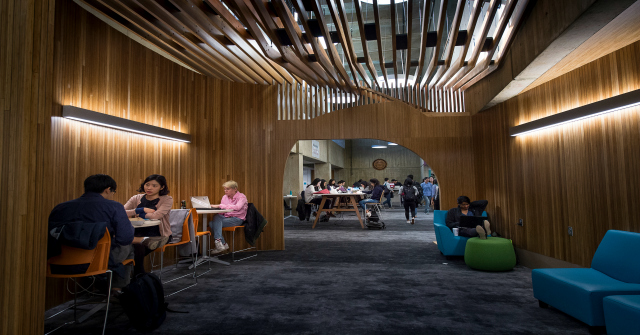 Reimagining The Role Of The Library In The Digital Age