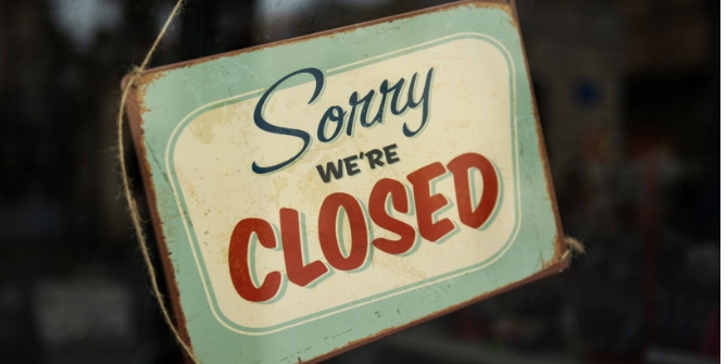 Open and closed – What do reverse flips tell us about the scholarly publishing landscape?