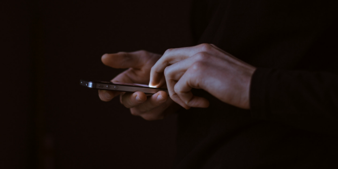 Using mobile applications for social science research